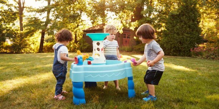 Best Water Tables for Kids and Toddlers