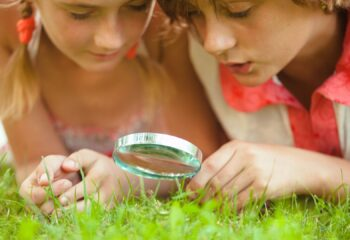Best Kids Magnifying Glass