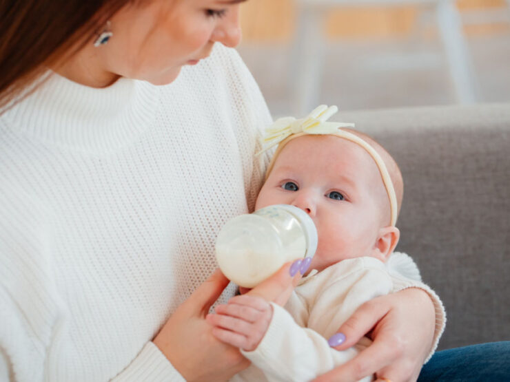 When Should You Start Drying Up Your Breastmilk?