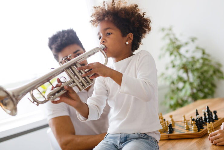 toy french horn for kids