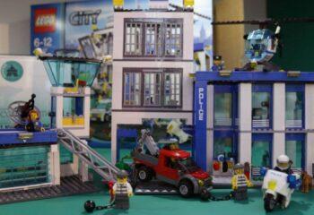 Best LEGO Police Station Set