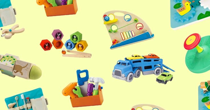 7 Best Toys And Gift Ideas For 2-Year-Old Boys 2021 - Top Picks 1