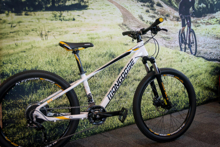 8 Best Mongoose Bike For Kids 2021 - Review and Buying Guide 1
